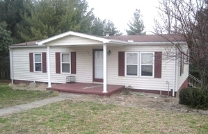 Sold! 184 Highland Park Drive, W-burg Convenient location in the city limits.  Mobile w/add on, 2 car gar. $59,000