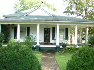 SOLD! 331 PINE STREET, WILLIAMSBURG |  Historic home with all the charm you are looking for on a corner lot $147,000
