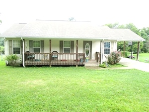 683 Old Corbin Pike, Wmsbg   Frame house(1120 sf) constructed in 2007, 3 bedrooms, 2 baths