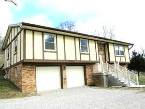 SOLD! 2610 N Hwy 25w, Wmsbg | Split entry, newly remodeled, 2 baths, 3 bdrms, 2100 sf
