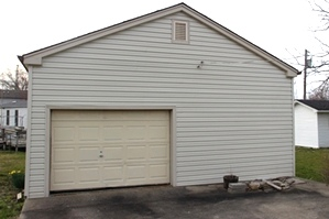 SOLD  206 HAMLIN ST., CORBIN | Frame home with vinyl siding, 3 bdrms, nearly new central heat and air