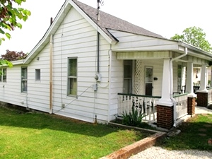 326 Front St., Wmsbg | This 2 bdrm frame home is located near the University of the Cumberlands and downtown Williamsburg.