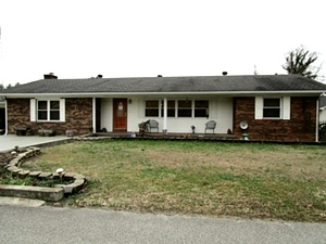55 Cardinal Heights, Williamsburg,   $219,500
