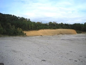 8.3 acres of commercial property just off Exit 15 of I-75 on N Hwy 25w at Goldbug. $285,000