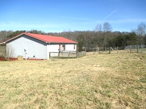 304 Village Circle Dr., Wmsbg |3 bdrm, 2 bath Dbl-wide w/@ 1550 sf of living space situated on a .89 acre corner lot in Village Circle Subdivision.
