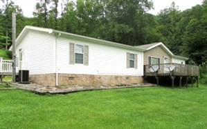 SOLD! 5439 Lot Mud Ck. Rd.   A 2005 28X64 KABCO MH on 2 ½ surveyed acres. Location offers plenty of privacy.