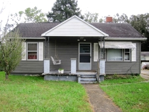 Sold! 2856 Hwy 904    Reduced! Buy One Get One Free - Residence 1: 2008 28' X 60' Fleetwood dblwd, - Residence 2: an older home,