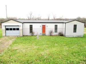 SALE PENDING 152 Wofford Sawmill Rd. | A 1220 sf +/- modular home with additions in 2009 located on 1.22 surveyed acres with access off of Hwy 26.