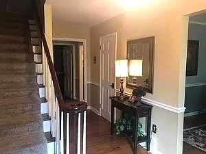 255 N 6th St, Williamsburg, KY 40769   Reduced! Spacious and luxurious high-end family home on two acres